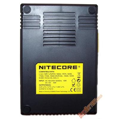 Универсальное зарядное устройство Nitecore Digicharger D4 с LED дисплеем для Ni-Cd, Ni-Mh, Li-Ion, IMR аккумуляторов.
