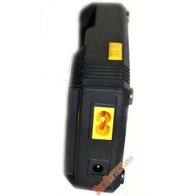 Nitecore Digicharger D2 - зарядное устройство для Li Ion, Ni Cd и Ni Mh с автоадаптером в комплекте.